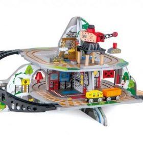 Hape daudzlīmeņu vilcienu rotaļu komplekts Massive Mountain Mine 3y+